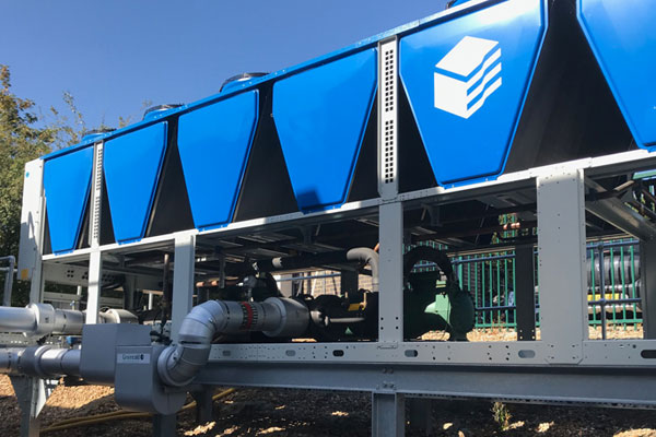Air-cooled packaged glycol chiller